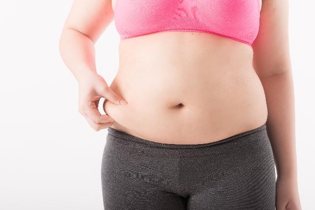 ぽっこりお腹はもう嫌!下っ腹ダイエットで即実践できる4つの方法